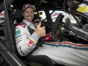 Lowndes 'holden' on to championship dream