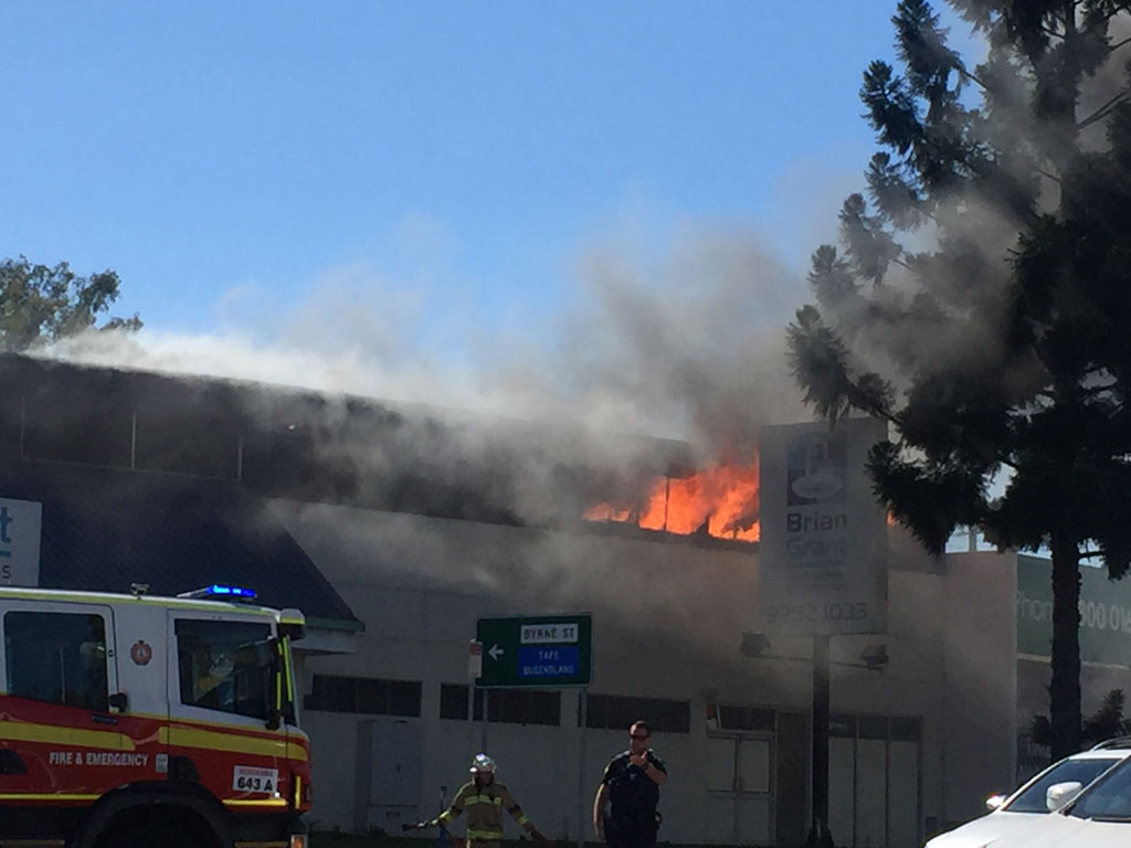 Three crews rushed to a fire that broke out at a commercial block along Brisbane Rd, just after midday.