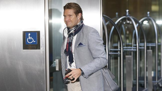Shane Watson arrives at the Hilton Hotel in Sydney for a meeting over the pay dispute. (Pic: News Corp)