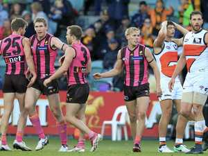 WATCH: Thrilling finish as Hawks salvage draw with Giants