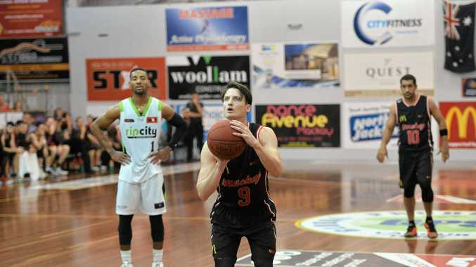 Mackay Meteors Shaun Bruce scored 29 points against Cairns Marlins on Friday night.
