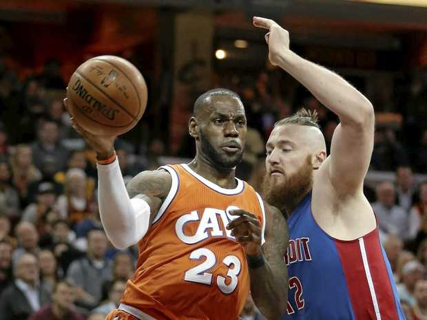 Celtics reportedly sign center Aron Baynes