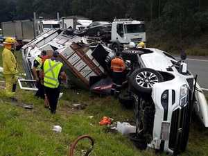 Bruce Hwy closes to remove crash wreckage
