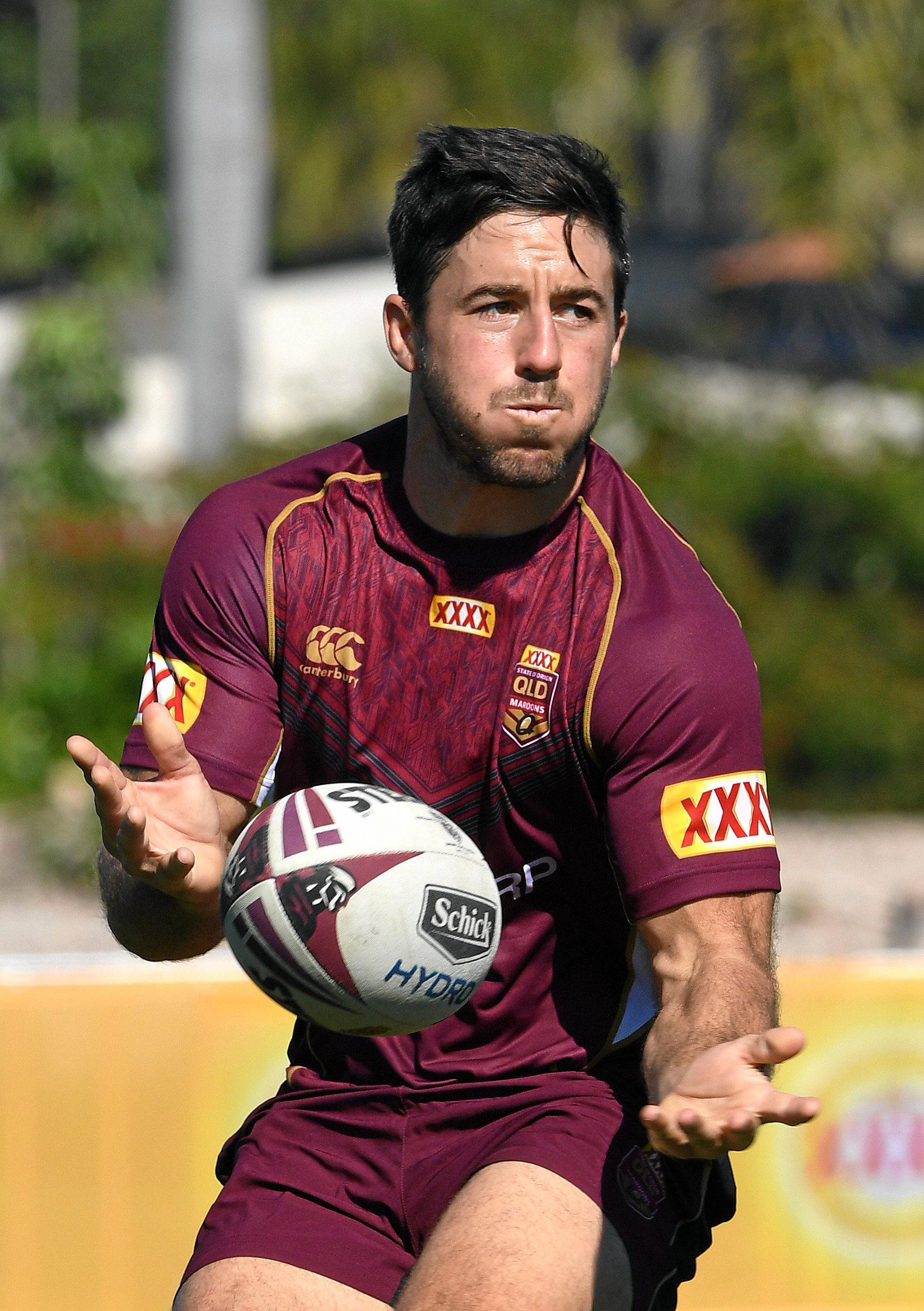 Ben Hunt during the Queensland State of Origin team training session at Sanctuary Cove on the Gold Coast, Thursday, July 6, 2017. (AAP Image/Dave Hunt) NO ARCHIVING