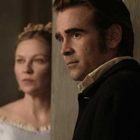 Kirsten Dunst and Colin Farrell in a scene from The Beguiled.