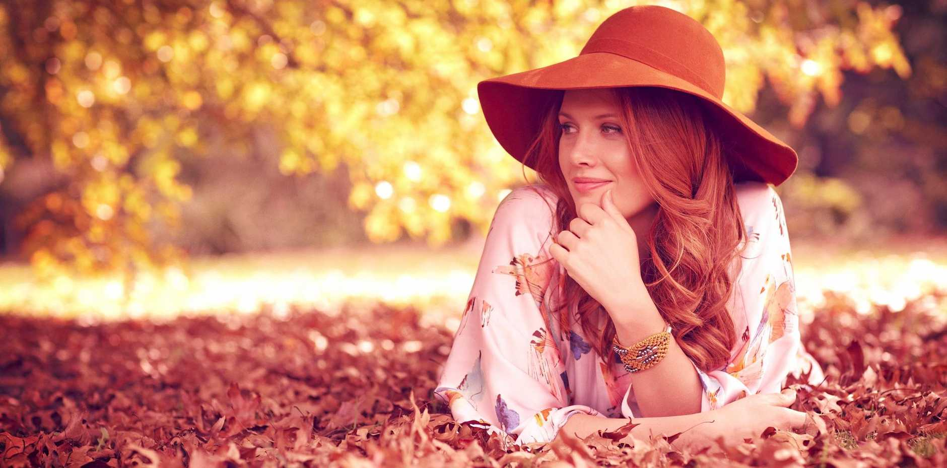 Clare Bowditch, who is helping four young Mackay singers in their pursuit of a musical career, will perform at the MECC Thursday Night.
