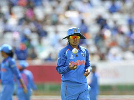 Mithali Raj breaks run record as India sets Australia target of 227