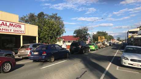 Delays as boom gates fail at Rosewood.