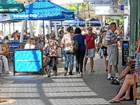 Will holiday crowds desert Mooloolaba esplanade if they can't get a park?