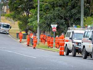 SES search South Gladstone street for alleged murder weapon