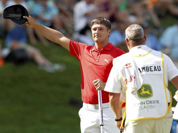 Rodgers maintains 2-stroke lead at John Deere Classic