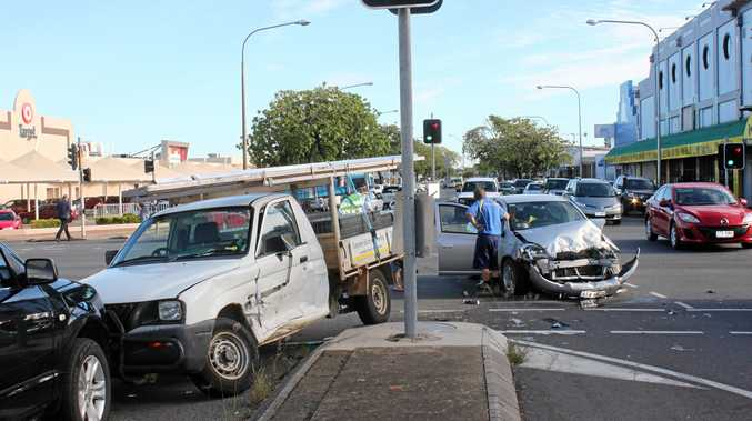 Crash on the corner of Fitzroy and Bolsover Streets    Photo Lisa Benoit / The Morning Bulletin
