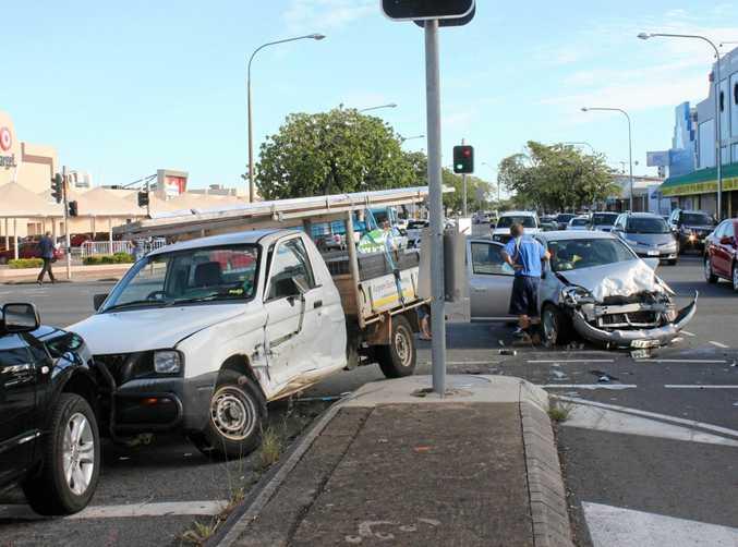 Crash on the corner of Fitzroy and Bolsover Streets    Photo Lisa Benoit / The Morning Bulletin