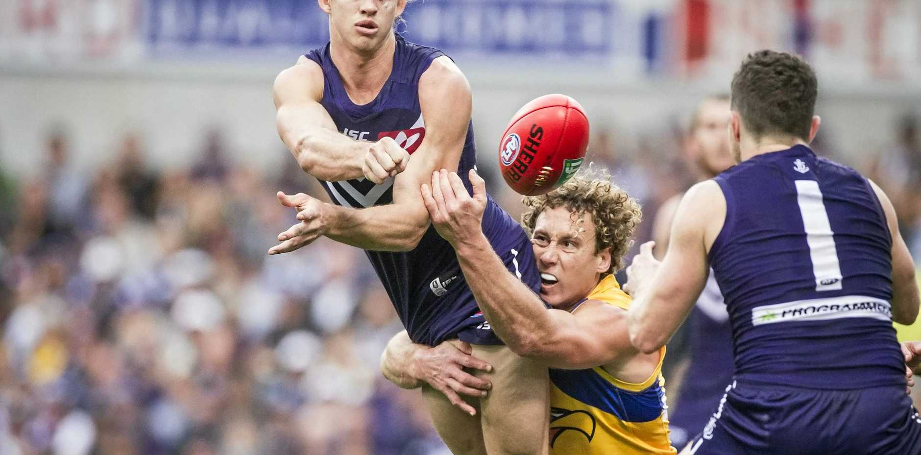 NEW DEAL: Fremantle Dockers skipper Nat Fyfe has signed a new deal keeping him at the club until 2023.