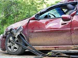 Coast crash leaves children hospitalised