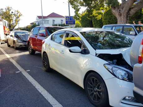 Five cars have collided causing early morning commuter chaos on North Toowoomba.