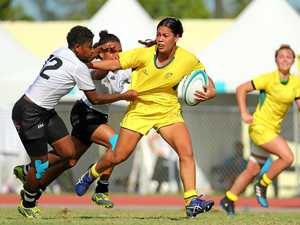 Female Sevens stars show support for western club