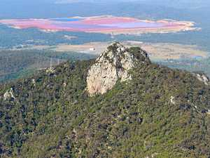 RESCUE: 18 SES workers, paramedics save Mt Larcom hiker