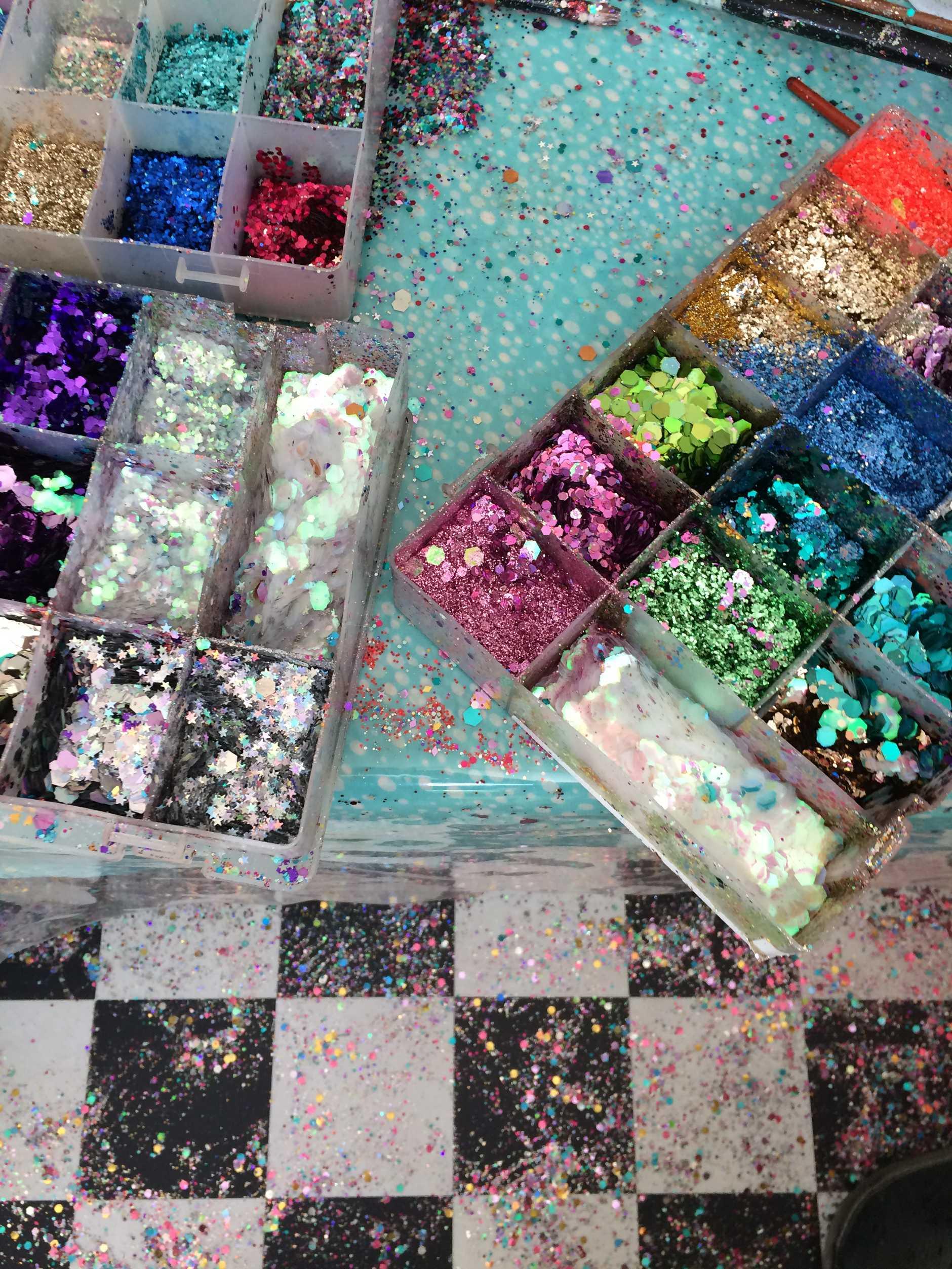 Glitoris glitter.