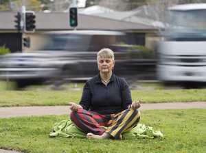 Toowoomba woman uses meditation to fight fear of flying