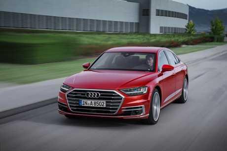 2018 Audi A8 European image.
