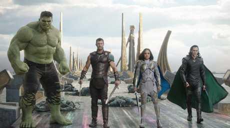 Mark Ruffalo (as Hulk), Chris Hemsworth, Tessa Thompson and Tom Hiddleston in a scene from the movie Thor: Ragnarok.