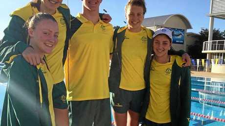 Swim teammates Phoebe Walker, Ella Noble, Charlie Cox, Katie Strachan and Meg Harris at the Bahamas.