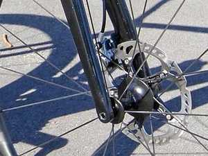 Brakes no long on discs in cycling road racing
