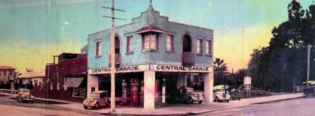 Old photo of Service Station on the corner of Centre and Barker Sts.