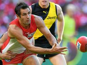 AFL previews: High-flying Swans face tough test in Hawks