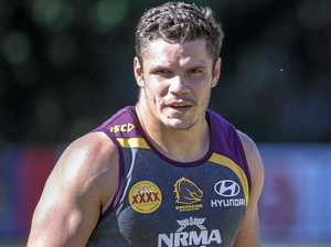 Bennett reveals Roberts' drug use at star's re-signing