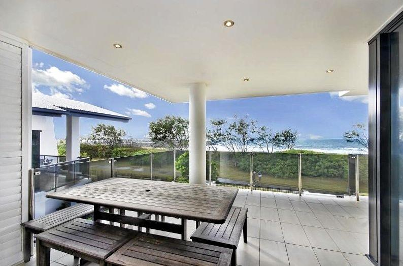 If you are looking for a unit in Mackay between $500,000 and $1 million then you better get a decent view