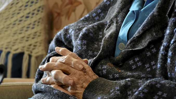 A woman claims elderly people are missing out on meals and sometimes getting medicines late.