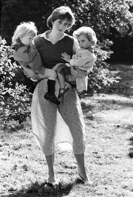 Lady Diana Spencer with 2 children at the Young England Kindergarten Pimlico London Sept 1980