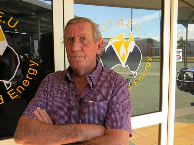 Black lung sufferer Keith Stoddart has headed to Bowen to confront Pauline Hanson over a One Nation senator's comments.