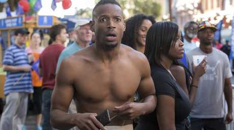 Marlon Wayans in a scene from the Netflix movie Naked.