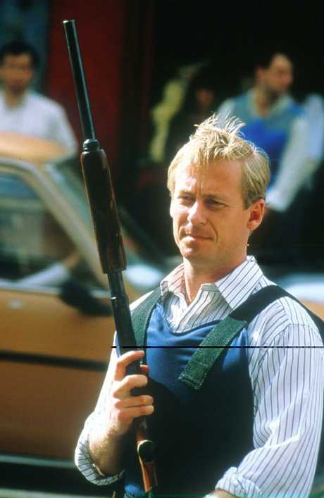 Richard Roxburgh as Roger Rogerson 1995. Still from TV show 'Blue Murder' with actor Richard Roxburgh as Roger Rogerson.