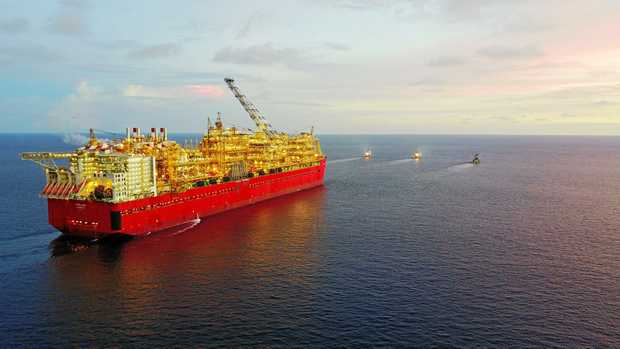 While Shell's FLNG Prelude vessel was making its way from Geoje, South Korea to its new location 475 km north north east of Broome, nine trainee service technicians who will work on Prelude vessel, have been gaining valuable LNG servicing experience at Shell's QGC Curtis Island plant.