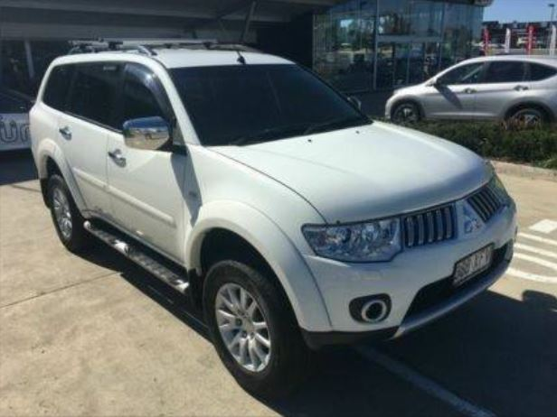The car may possibly be heading to Queensland with a 4 month-old girl who has been abducted.