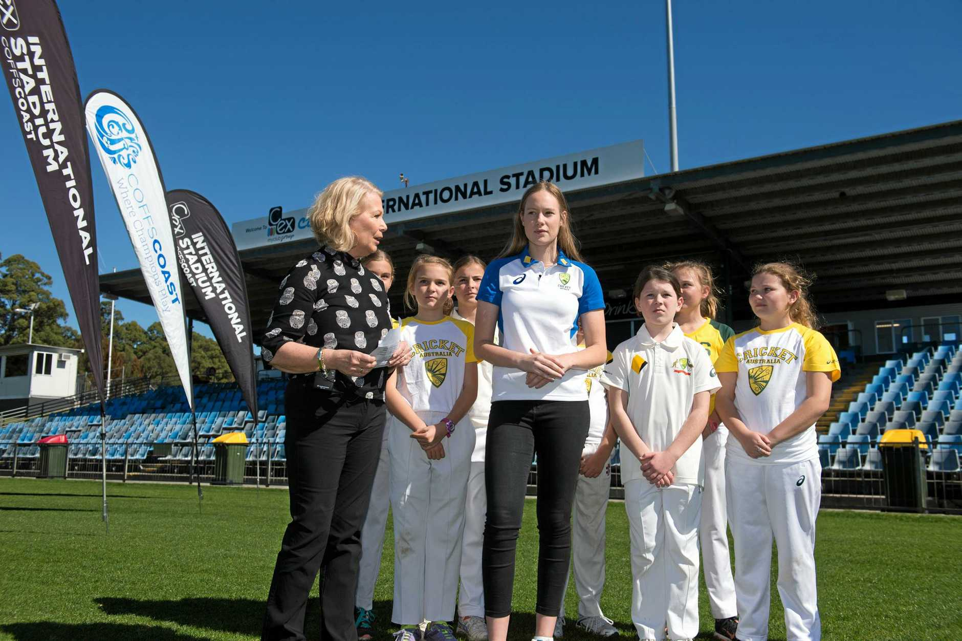 Coffs Harbour City Council Mayor, Cr Denise Knight along with Australian womens cricketer Lauren Cheatle and local juniors announce the start of ticket sales for the upcoming ODI's against England.
