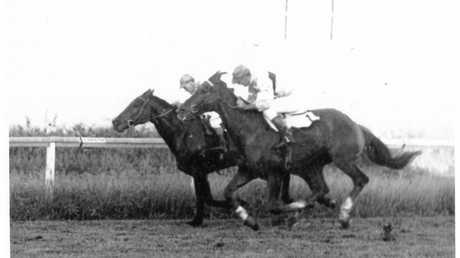 'Tootie' Cowan wins the 1965 Amateur Ladies Bracelet on Captain Rae.
