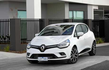 road test renault clio zen is compact chic and classy chronicle. Black Bedroom Furniture Sets. Home Design Ideas