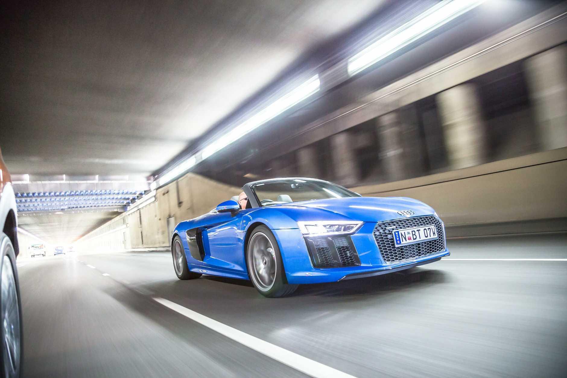 Audi R8 Spyder.