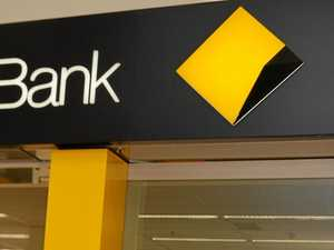 Government backs inquiry into Commonwealth Bank