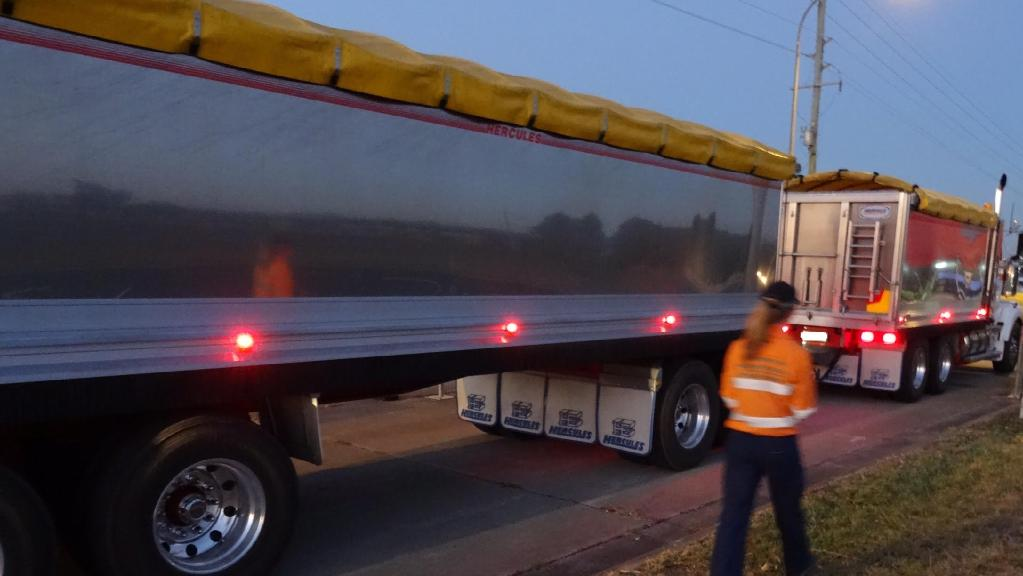 Heavy vehicles crossing into Queensland from NSW have been targeted in a crackdown on rogue waste management companies.