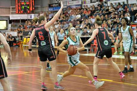 Ipswich Force basketballer Rachel Mate sets up to shoot during Saturday night's QBL women's quarter-final in Mackay.