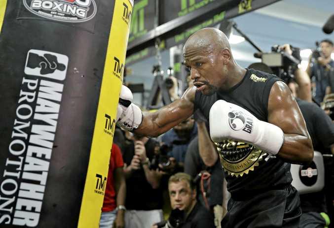 Floyd Mayweather Jr. trains at his gym