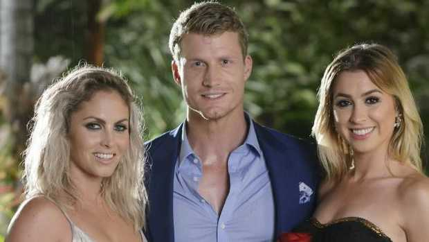 Nikki Gogan, Richie Strahan and Alex Nation on The Bachelor.