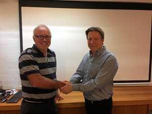 MAKING CONNECTIONS: OSCAR president Greg Smith meets up with Noosa mayor Tony Wellington.