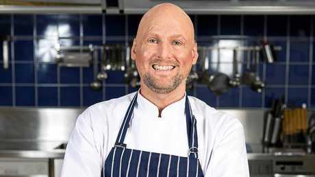 Celebrity chef Matt Golinski has become a father again.